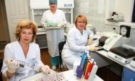 Имеет право медсестра работать в клинической лаборатории?